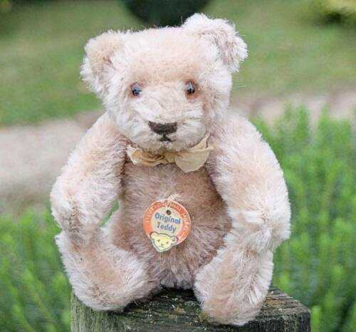 VERY OLD STEIFF TEDDY BEAR 1950's WITH CHEST LABEL