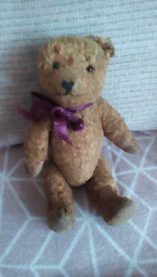 Old Teddy bear ' JILLY' needs TLC