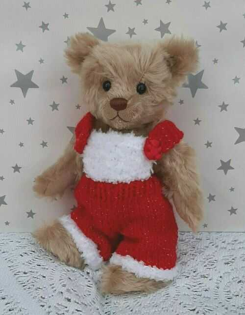 **BEAR KNITS** Hand Knitted clothes red and white dungarees to fit 8