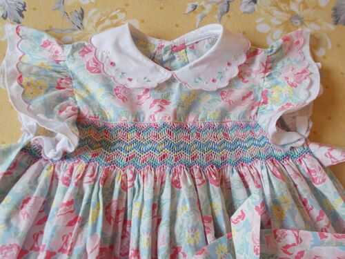 Lovely Vintage Hand Smocked Baby Dress - Large Bears