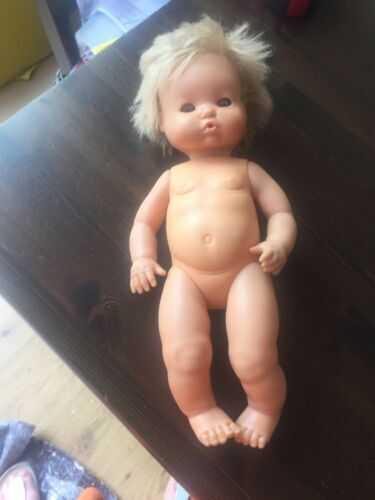 Famosa doll, 38cm
